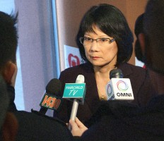 Olivia_Chow_Photo_Press_Conference_2013-02-22