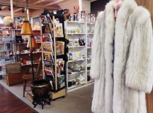 Ottawa Antique Market: For Serious Antique-Lovers