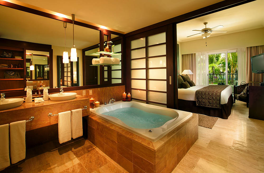 The Royal Treatment With Paradisus