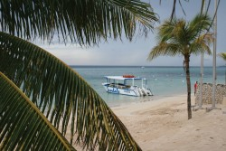 Dec07_Jamaica_BeachBoat