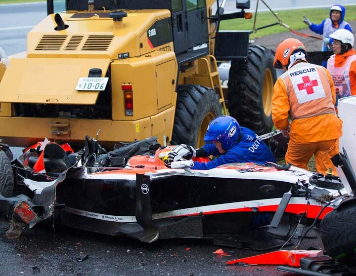a description of the death returns to formula one racing Besides other major international events, the nürburgring has seen the brief return of formula one racing, as the 1984 european grand prix was held at the track.
