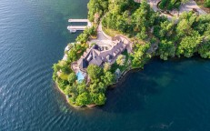 Boater's Paradise Heads to Auction