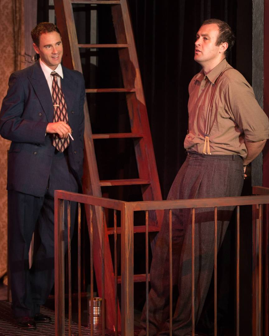 the characters escape from reality in the glass menagerie In the glass menagerie, there are enormous differences between  she is a  woman continually caught between fantasy and reality  her attitude triggers  tom's decision to enact his escape to the merchant marines.