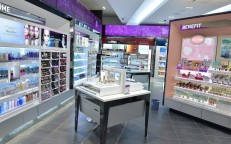 Shoppers Drug Mart's Enhanced BeautyBOUTIQUE is the Rideau Centre's Latest Big Upgrade