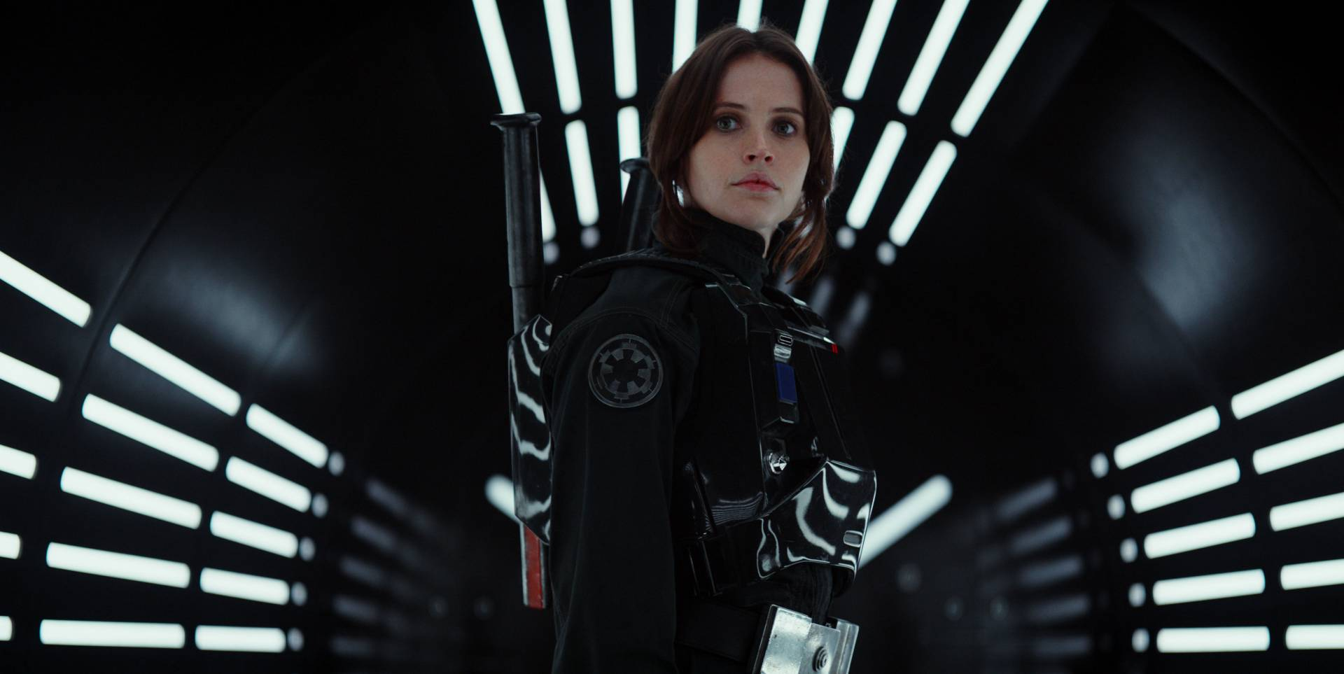 rogue-one-jyn-ersa-geared-up